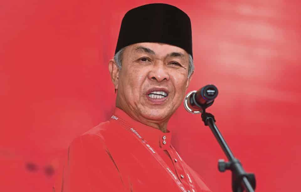 Zahid cabar 'makhluk perosak' UMNO letak jawatan Menteri