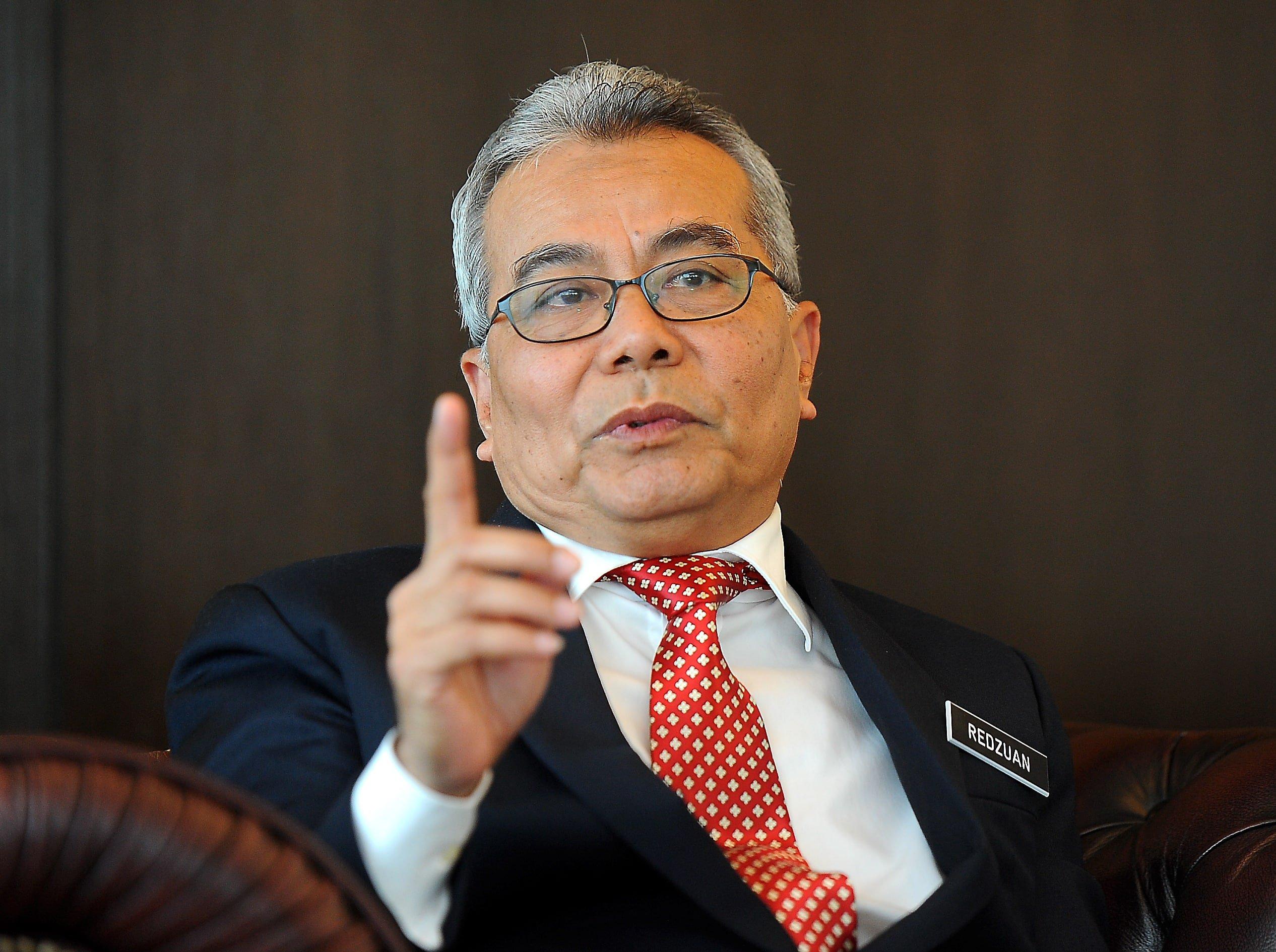 Menteri kritik kerajaan lebih suka jatuhkan hukuman daripada bantu rakyat